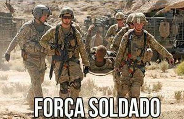 meme soldado ferido