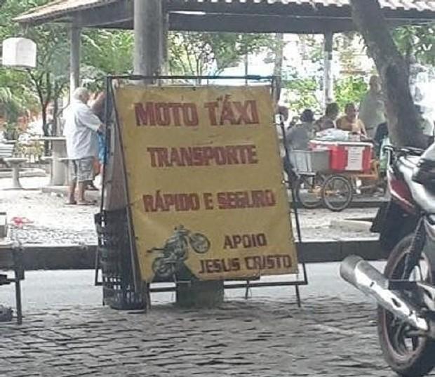 placas hilárias em motocicletas