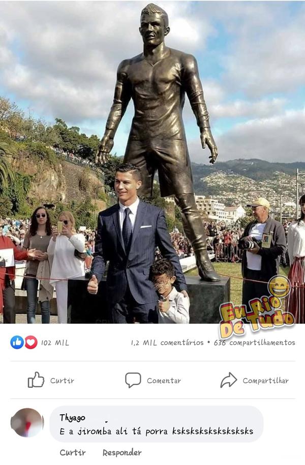Estátua de Cristiano Ronaldo chamando atenção