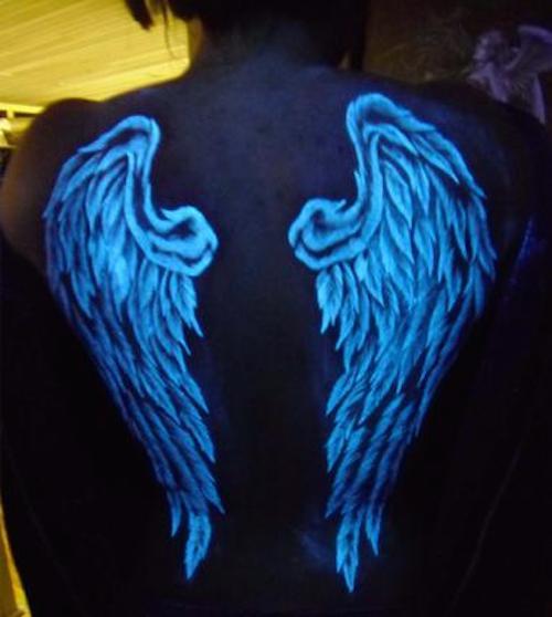 tatuagem de asas nas costas